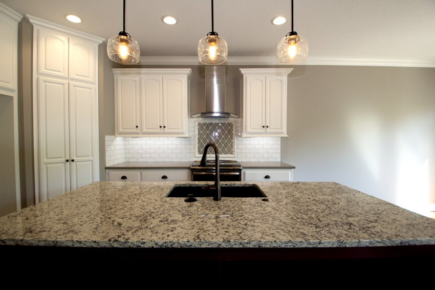 Kitchen Island & Oven with Range Hood